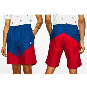 Nike Sportswear Windrunner track shorts